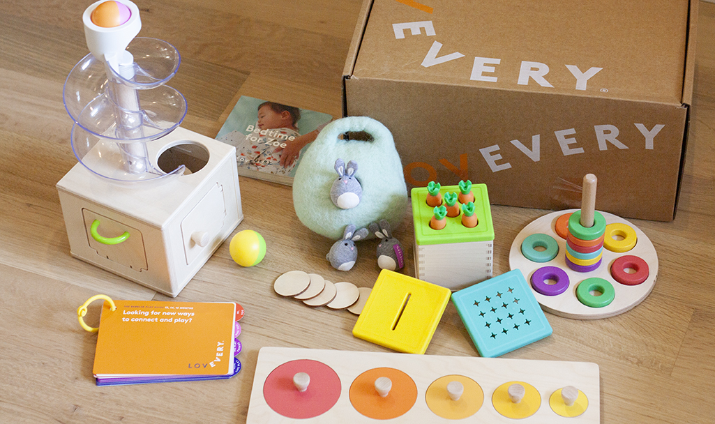 What's inside The Babbler Play Kit by Lovevery